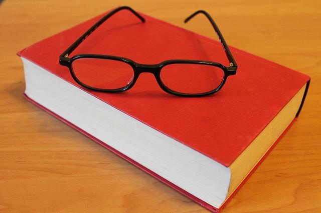 book-272691_640